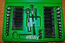 44 Piece 1/4 Dr 6 Point SAE, Metric Standard & Deep Socket Set SK 91844 USA