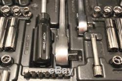 Craftsman 122 Pc #9-33122 33122 Mechanic Tool Set with Case Ratchet Socket Wrench