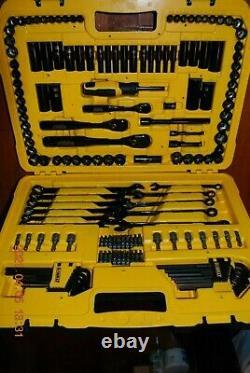 Dewalt 184 Pieces Black Chrome Polish Mechanic Tool Set # Dwmt45184