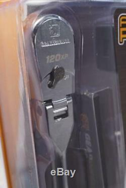 NEW GearWrench 500 Lumen Flex Light Set 3/8 Drive 120XP Flex Head Ratchet 83136