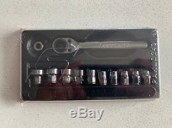 NEW Snap On 12-pc 1/4 Dr Low Profile Ratchet/Socket Set & Bit Holder 112RTSMA